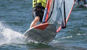 Curso Gratuito Monitor de Windsurf